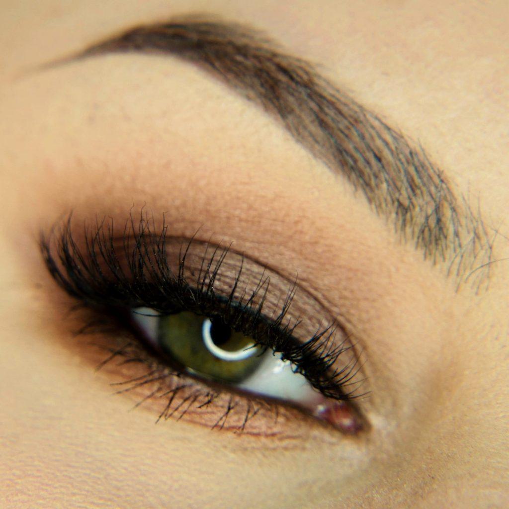 brązowy smoky eyes